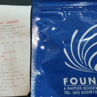Photo taken at Fountain Money Changer by Taku 目. on 8/19/2014