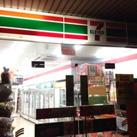 Photo taken at 7-Eleven by Taku 目. on 9/29/2015