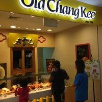 Photo taken at Old Chang Kee by Taku 目. on 11/10/2013