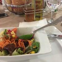 2/15/2018 tarihinde Bengi Ç.ziyaretçi tarafından Ala Restaurant ve Spor Tesisi'de çekilen fotoğraf