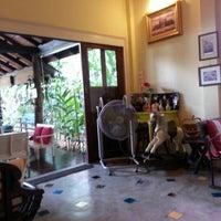 Photo taken at Mai Bakery In The Garden (ไหม เบเกอรี่) by Kritsana P. on 2/10/2013