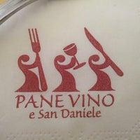 Foto scattata a Pane Vino e San Daniele da Anto R. il 5/18/2013