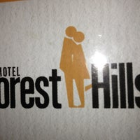 Photo taken at Motel Forest Hills by Vendas E. on 5/10/2013