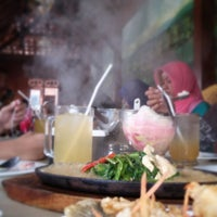 Photo taken at Mie Bakso Mr. Blangkon by verry t. on 6/8/2015