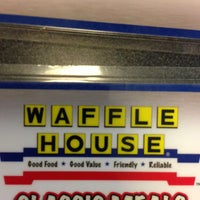 Photo taken at Waffle House by Bodacious Shelly on 4/13/2013