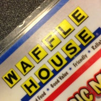 Photo taken at Waffle House by Bodacious Shelly on 8/30/2013