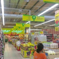 Photo taken at Giant Hypermarket by anuar o. on 10/9/2012