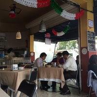 Foto tirada no(a) Pizzeria Condesa por Reinaldo O. em 9/24/2015