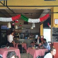 Foto tirada no(a) Pizzeria Condesa por Reinaldo O. em 9/18/2015