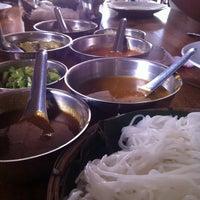 Photo taken at Nern Khum Thong Restuarant by Titiphorn B. on 6/1/2013
