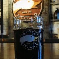Das Foto wurde bei Goose Island Beer Co. von Christopher am 2/1/2018 aufgenommen