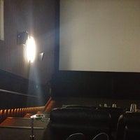 2/15/2013 tarihinde Dario M.ziyaretçi tarafından Cinemex'de çekilen fotoğraf