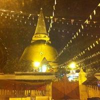 Photo taken at Wat Phra Pathom Chedi by MooKwang K. on 11/11/2012