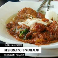 Photo taken at Restoran Soto Shah Alam by Jaidesign J. on 3/9/2013