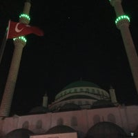 Photo taken at Kayisdagi Fatih Cami by Zafer K. on 4/7/2016