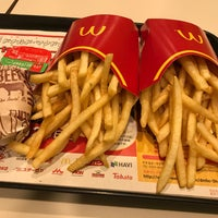 Photo taken at McDonald's by タカ 南. on 4/11/2018