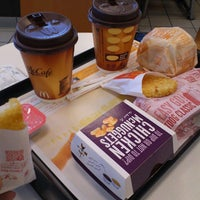 Photo taken at McDonald's by Kirie @. on 3/27/2013