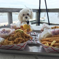 Photo taken at Butler's Flat Clam Shack by Jon L. on 5/29/2016