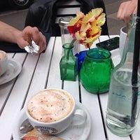 Das Foto wurde bei lal pera von Dmitry V. am 4/30/2014 aufgenommen