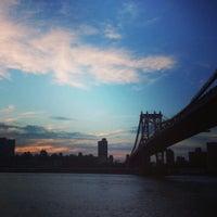 Das Foto wurde bei Brooklyn Bridge Park von Nick M. am 7/28/2013 aufgenommen