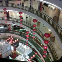 Photo taken at 1 Utama Shopping Centre (New Wing) by zhoe a. on 2/17/2013