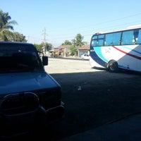 2/10/2013 tarihinde Alder Noel G.ziyaretçi tarafından 4N's Bus Stop & Fast Food'de çekilen fotoğraf