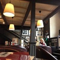 Снимок сделан в Traveler's Coffee пользователем Роман Н. 4/4/2013