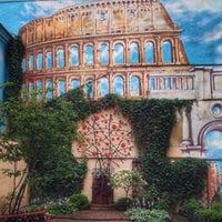 Foto diambil di Итальянский дворик oleh Elena A. pada 8/8/2015