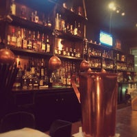 Foto scattata a CU29 Cocktail Bar da Eric H. il 1/18/2014