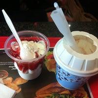 Снимок сделан в McDonald's пользователем павел з. 4/11/2013