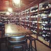 Foto tomada en El Carajo Tapas and Wine por Matoses el 2/18/2013