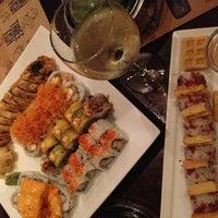 Foto tomada en Sushi Maki Coral Gables por Yuliana M. el 2/26/2013