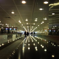 Photo taken at Istanbul Atatürk Airport (IST) by Emrah D. on 7/28/2013