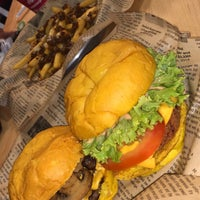 Photo taken at way back burgers by HS-9 ⭐. on 4/18/2018