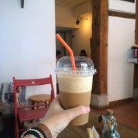 Foto tomada en Cafelito por Marta T. el 7/22/2015