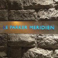 Foto tomada en Le Parker Méridien New York por Jay W. el 11/8/2012
