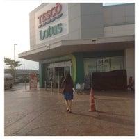 Photo taken at Tesco Lotus by thummanoon k. on 10/9/2013