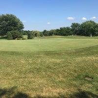 Photo taken at Arlington Lakes Golf Club by john B. on 8/4/2016