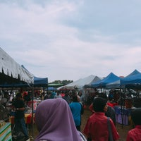 Photo taken at Bazar Ramadhan Kuaters Klia by Putry A. on 5/31/2017