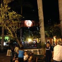 รูปภาพถ่ายที่ Plazuela Machado โดย JORGE A. เมื่อ 6/16/2013