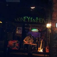 Снимок сделан в Money Honey пользователем ♥♥Olga D. 2/23/2013