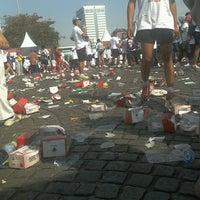 Photo taken at Monas Sektor Barat by Alimustofa on 8/25/2013