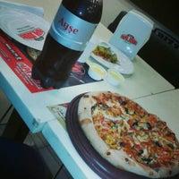 Foto tomada en Papa John's Pizza por Selda serdar savaş el 12/11/2013