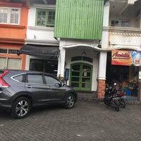 Photo taken at Gudang Rottie by Yani on 10/24/2016
