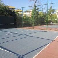 Photo taken at Yoğurtçu Parkı Tenis Kortu by Ömer N. on 7/23/2013