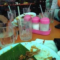 Photo taken at Restoran Mamu Penang by Areez A. on 12/3/2015