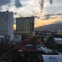 Photo taken at Pornping Tower Hotel by Yuffie on 11/15/2016