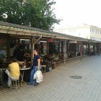Photo taken at Ayakkabı Tamircileri Çarşısı by Ömer S. on 7/28/2015