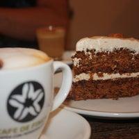 Foto tirada no(a) Spice Café por TheCookingLab em 7/27/2014