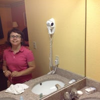 Photo taken at Econo Lodge by Kinsey S. on 9/14/2013